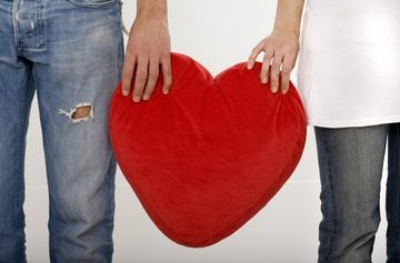 Cum cuceresti pe cineva, caracterul amoros in pat si compatibilitati, in functie de zodie
