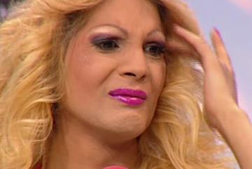 "Naomi, cu lacrimi in ochi la ""WOWbiz""! Vezi ce a facut-o sa planga"