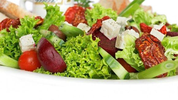 Invata ce sa consumi la pranz ca sa nu mananci prea mult la cina!