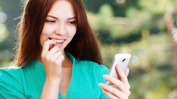 SMS-urile NU influnteaza in sens negatic ortografia adolescentilor! Afla care sunt adevaratii VINOVATI