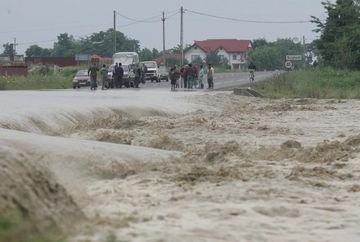 COD PORTOCALIU de inundatii in sase judete