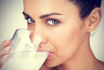 Consumi lapte in mod constant? Uite ce efecte negative poate avea asupra organismului!