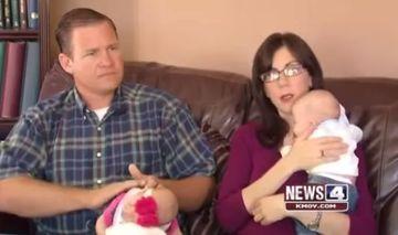 Doctorii le-au spus ca sunt INFERTILI, asa ca au adoptat tripleti. Dupa o saptamana, au primit o veste care i-a lasat cu gura cascata!