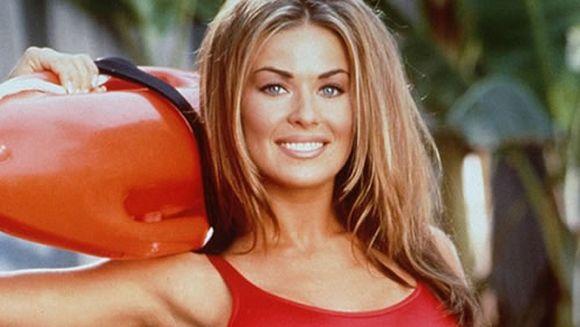 Acum 20 de ani, toti barbatii visau la Carmen Electra! E incredibil cum arata diva acum, la 43 de ani! O recunosti?