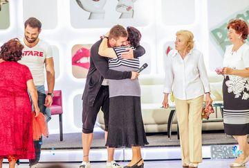 Bogdan Vladau, sarutat de o bunicuta focoasa