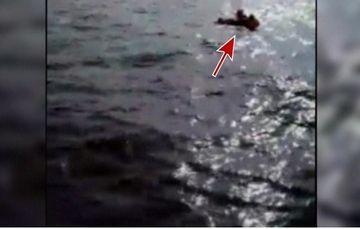 Imagini dramatice in marea Egee! Un baietel de un an si jumatate a fost salvat de pescarii turci