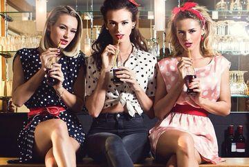 Cele trei surori ROMANCE care iau mintile oricarui barbat! Au aparut in Playboy si au mii de fani pe Internet. FOTO