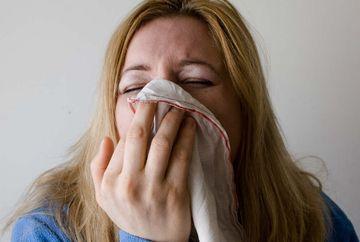Umiditatea si mucegaiul te IMBOLNAVESC grav. Ce poti pati in propria casa din cauza lor