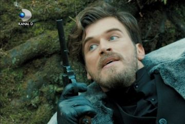 "Kurt Seyit, in pericol de moarte! Aflati ce pateste tanarul azi, intr-un nou episod din ""In dragoste si in razboi"", de la 20.00, la Kanal D"