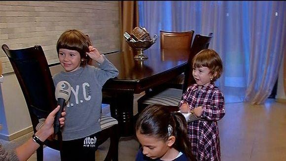 Familia model! Ce isi doresc cei patru copii ai Ancai Serea si ai lui Adi Sina de Mos Nicolae