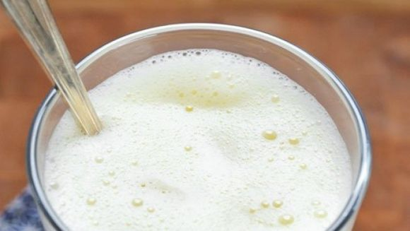 Cea mai eficienta bautura detoxifianta pe care o poti consuma!