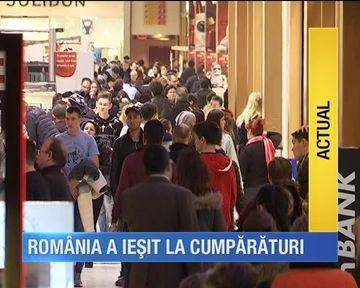 Febra cumparaturilor a cuprins Romania!