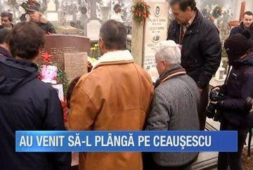 In timp ce unii stau la masa si se bucura de atmosfera Craciunului, altii bat aleile triste ale cimitirului Ghencea. Nostalgicii regimului comunist nu l-au uitat pe fostul dictator, Nicolae Ceausescu