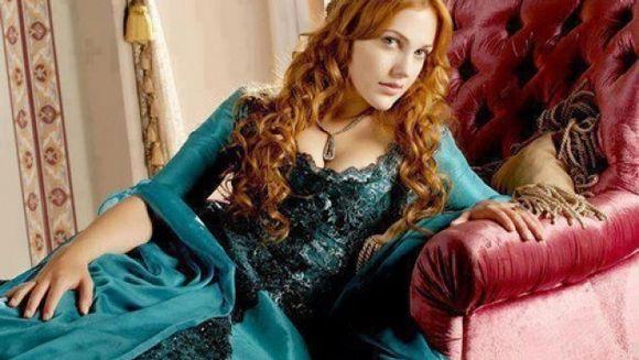 """Va mai amintiti de Meryem Uzerli, frumoasa protagonista din """"Suleyman Magnificul""""? Uite cu ce se ocupa acum!"""