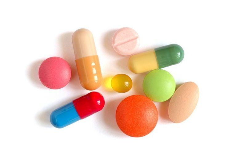 Romanii iau medicamente dupa reclame! Lege care interzice difuzarea reclamelor la medicamente a trecut din greseala de parlamentari