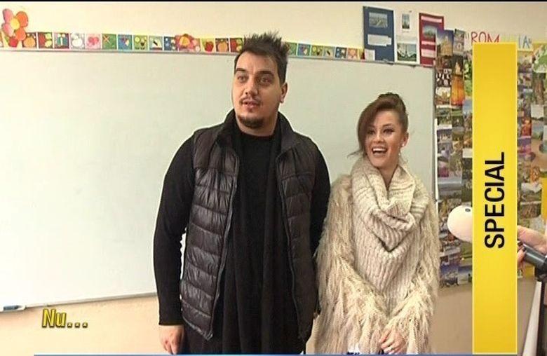 Ana si Bursucu au ajuns, din nou, la scoala! Cum s-au distrat vedetele Kanal D alaturi de pustii din clasa VI-A ai Scolii Gimnaziale nr 85, din Bucuresti
