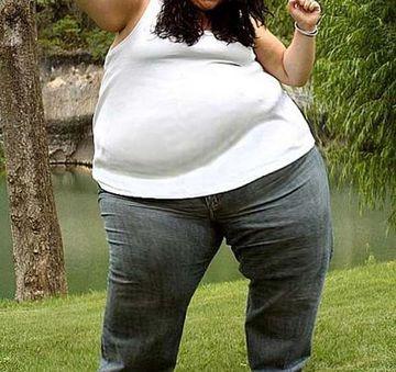 Cantarea 100 de kilograme la 14 ani iar doctorii i-au spus ca nu mai are mult de trait din cauza obezitatii! Uite cum arata fata asta acum, la 5 ani distanta dupa vestea socanta pe care a primit-o