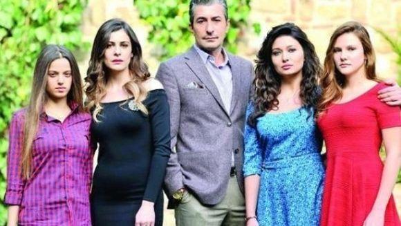"""9 ne place sa aducem cele mai tari seriale turcesti: """"Bahar: Viata furata"""" si """"Furtuna pe Bosfor"""" au cucerit inimile romanilor de la primele episoade!"""