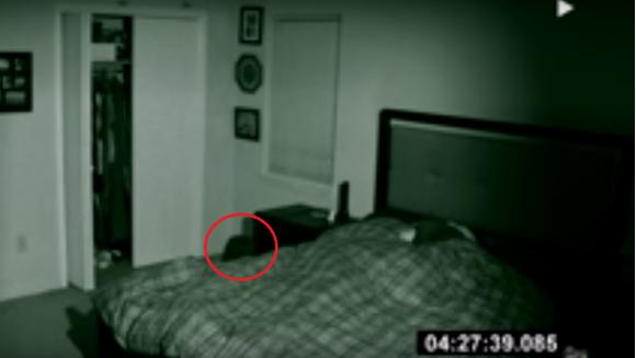 A pornit camera de luat vederi si s-a bagat la loc in pat langa iubita lui: Ce a surprins dimineata, l-a infiorat! Vezi mai jos tot materialul video
