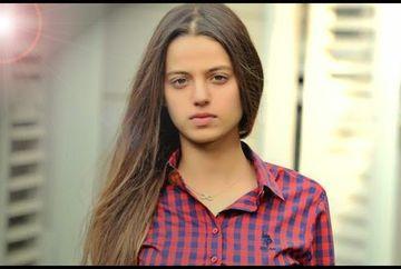 """Leyla Tanlar ( Cansu ) din """"Furtuna pe Bosfor"""", noua revelatie a cinematografiei turcesti! Uite cat de talentata si frumoasa este micuta actrita. Cel mai recent pictorial cu ea a facut furori printre fani"""