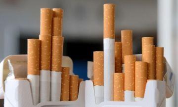 Inca o lovitura dura pentru fumatori! Se scumpesc tigarile! Vezi de cand si cu cat!