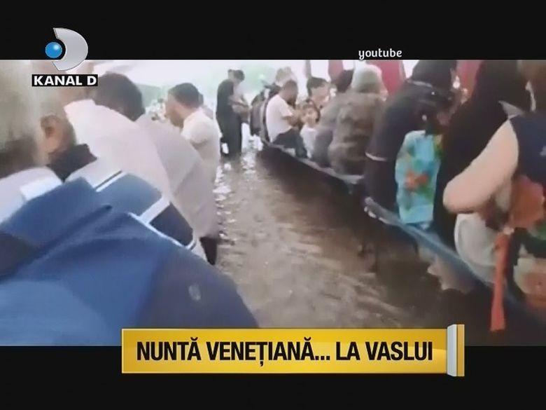 Nunta venetiana la Vaslui! Cu apa pana la genunchi, nuntasii nu au plecat pana nu s-a strigat darul