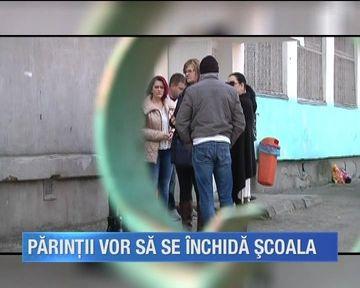 Este panica in continuare la scoala din Galati unde o profesoara a fost depistata cu tuberculoza