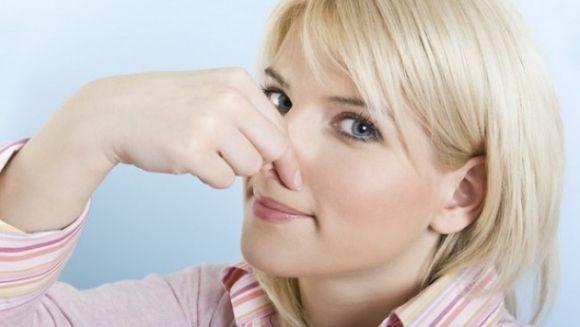 Transpiratia ta miroase urat? Uite ce probleme grave de sanatate ai!