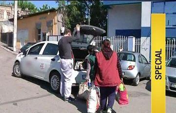 Asistatii sociali din Galati si-au primit alimentele gratuite pentru Paste. Modul revoltator in care au plecat spre casa