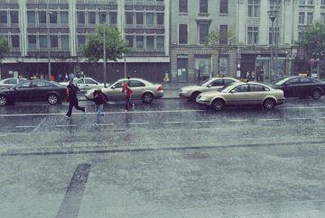 Atentionare ANM: Ploi importante cantitativ si ninsori in zona montana