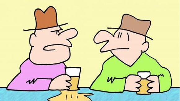 Banc: Trei prieteni discuta la o bere