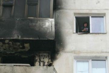 Explozie intr-un bloc de garsoniere! O femeie a murit, iar alte 12 persoane au fost evacuate