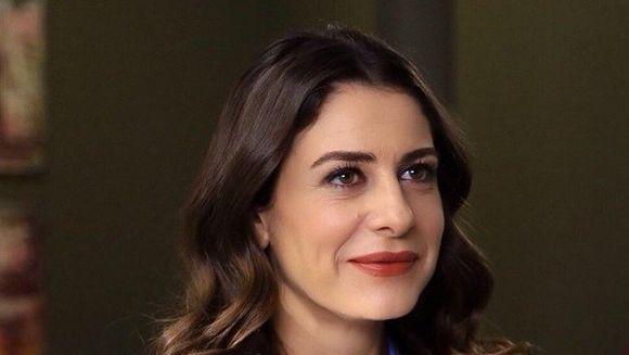 """Dilara (Ebru Ozkan) din """"Furtuna pe Bosfor"""", o actrita extrem de pretentioasa! Uite ce cerinte are pe platourile de filmare"""