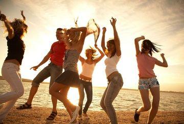 5 moduri surprinzatoare prin care poti sa faci rost de bani pentru vacanta de vis