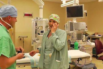 Au instalat o camera de luat vederi intr-o sala de nasteri si au asteptat sa intre medicul! Cand au vazut ce face inainte de operatie, le-au dat lacrimile
