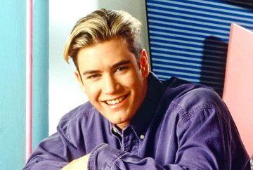 """Il mai stii pe Zack, celebrul adolescent din serialul """"Salvati de clopotel""""?E incredibil cum arata acum, la mai bine de doua decenii de la incheierea filmarilor"""
