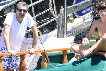 Erkan Pettekaya, cu gainile in avion! Uite cum s-a filmat indragitul actor alaturi de sotia si fiul lor si ce destinatie super exotica si-a ales