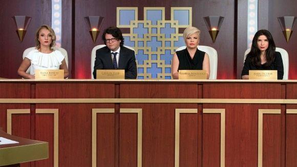 """Una dintre juratele de la """"Ne vedem la tribunal"""" este insarcinata! Intra sa vezi despre cine este vorba! Nu rata emisiunea difuzata in fiecare sambata, de la ora 21.30, la Kanal D"""