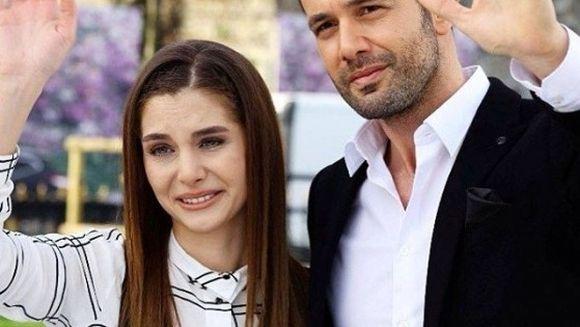 """Au inceput filmarile pentru noul sezon """"Bahar:Viata furata"""" Imagini noi cu Keremcem de pe platourile de filmare. Uite in compania cui a fost surprins actorul"""