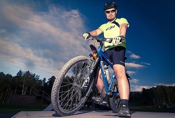 Vrei concediu pe 2 roti? Ce echipamente pentru biciclete iti trebuie!