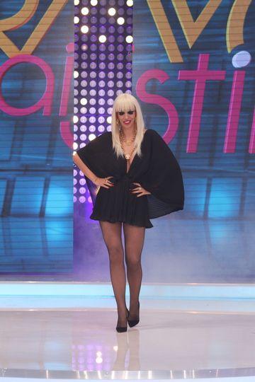"""Raluca Badulescu, teribil de sexy la filmarile pentru """"Bravo, ai stil!"""" Incepand cu 22 august, Kanal D va asteapta cu un show electrizant de luni pana vineri, de la ora 17:00, si in fiecare duminica, de la ora 20:00!"""