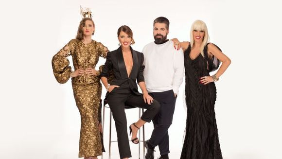"Divele se pregatesc de spectacol! Iulia Albu si Raluca Badulescu vor purta tinute pretioase in show-ul ""Bravo, ai stil!, care incepe luni la Kanal D"
