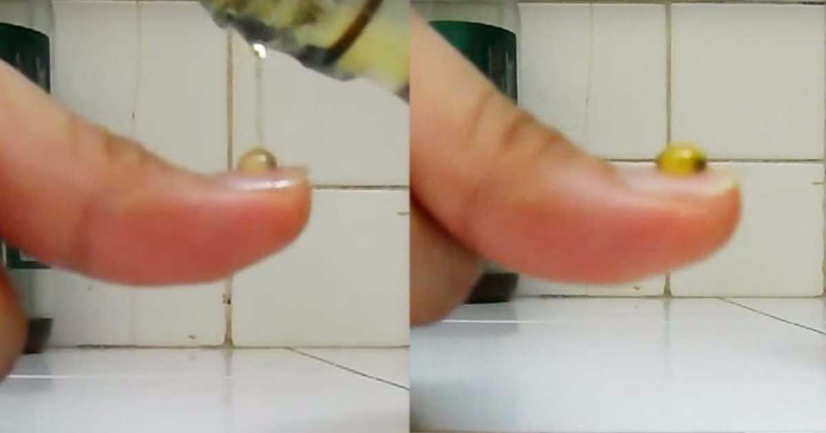 Si-a pus o picatura de miere pe unghie, ca sa isi dea seama daca e naturala sau contrafacuta! Uite cum se comporta picatura de miere cu adevarat naturala! Stiai asta?