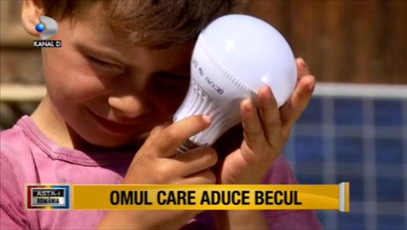 """Reactia emotionanta a unui copil care si-a vazut visul cu ochii! Echipa """"Asta-i Romania!"""" a instalat panouri solare si a reparat acoperisul unei familii nevoiase. Bucuria copilului este de nedescris!"""