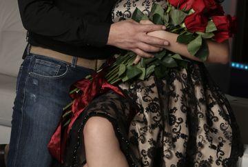 FOTO EXCLUSIV! Andreea Mantea si Stefan Stan, din nou impreuna? Cei doi au fost prezenti la o nunta la care au atras privirile mai ceva ca mireasa!