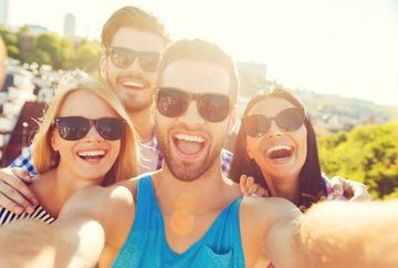 5 secrete stiute doar de studenti despre cum poti sa petreci pe cinste low-cost