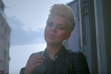 "Cristina Vasiu si What's Up lanseaza single-ul si videoclipul ""Hot de inimi"""