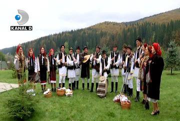 Romani de tezaur din inima Bucovinei! Oameni unici care sfintesc locurile si picura in suflete crampeie de doine mentin vii traditiile stramosesti! Iata cu ce se indeletnicesc bucovinenii care sfideaza timpul