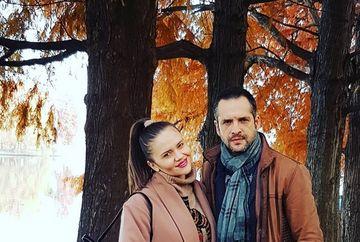 Ce mare s-a facut burtica de gravida a sotiei lui Madalin Ionescu! Prima poza a Cristinei Siscanu cand isi mangaie cu drag burtica. Prezentatorul TV a avut un comentariu care le-a emotionat pe toate femeile