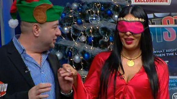 """""""Mos Leo"""" i-a facut Danei Criminala un cadou grandios! """"Printul Tiganilor"""" si-a pus toate rudele in cap! Darul de sute de mii de euro a lasat-o masca pe bruneta"""